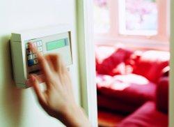 Как обеспечить безопасность частного дома