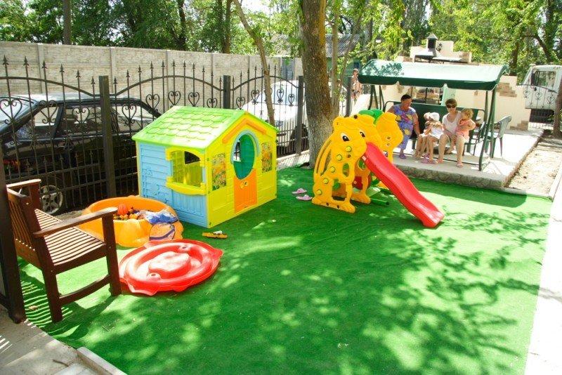 Как сделать своими руками детскую площадку во дворе своего дома
