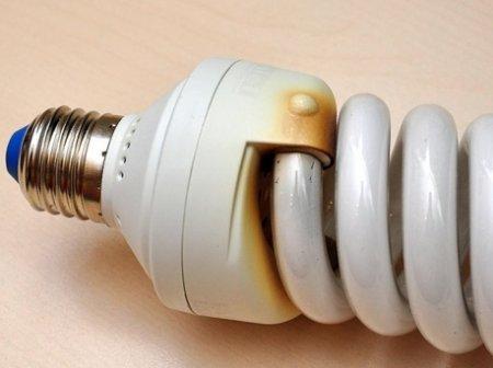 энергосберегающая лампа перегорела что делать
