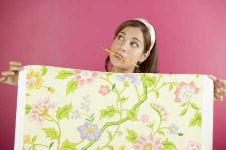 Клеим обои – стоит ли повторять ошибки родителей?