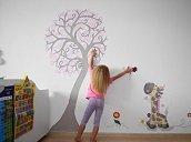 Чем украсить стены в детской комнате