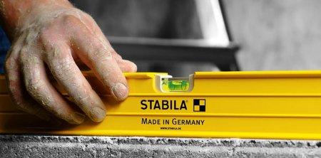 Уровень для электрика Stabila