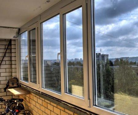 Остекление балконов и лоджий: креатив или доступность?