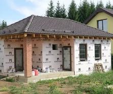 Садовый домик из пеноблоков. Свойства пенобетонных блоков