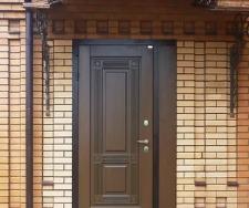 Как выбрать входную уличную дверь в частный дом