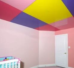Почему цветные натяжные потолки так популярны