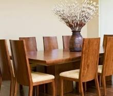 Особенности покупки обеденного стола для дома